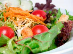 Eine Salatschüssel
